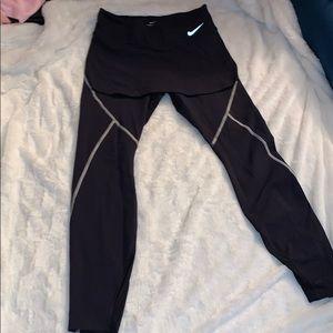 Nike's leggings